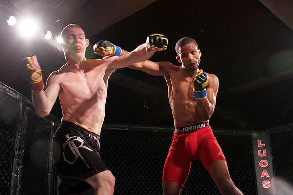 Keith Burks vs Alex Cooney