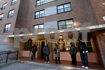 unarmed-man-killed-by-police-in-ny-housing-complex