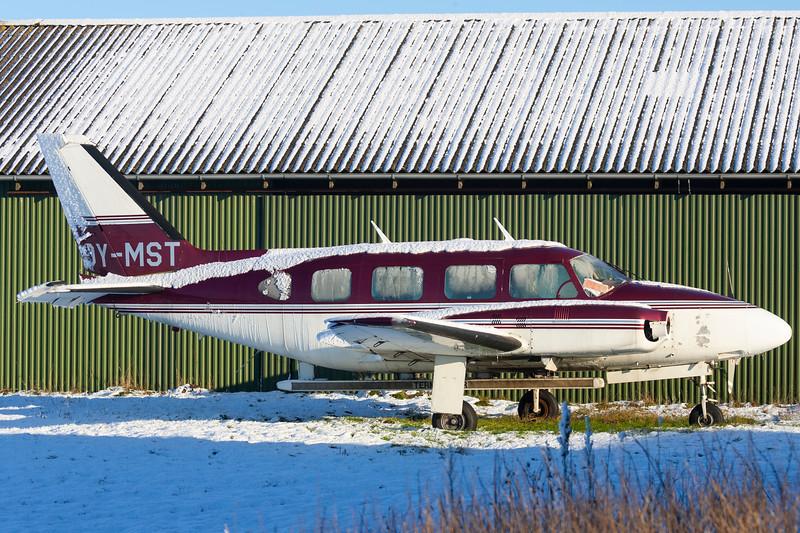 OY-MST-PiperPA-31-310NavajoB-Private-EKVD-2005-12-18-GJ7I5535-DanishAviationPhoto.jpg