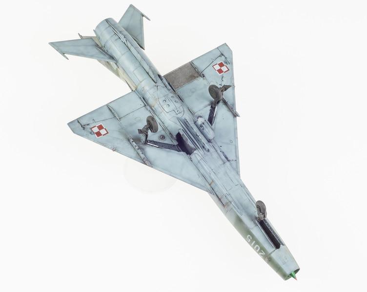 Trumpeter MiG-21F-13 FINAL 05-01-14-18.jpg