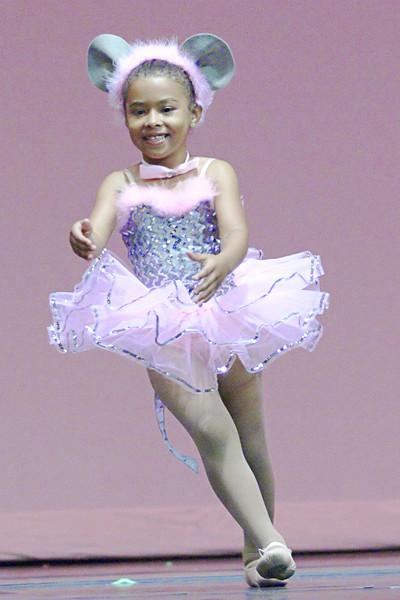 dance_050209_170.jpg