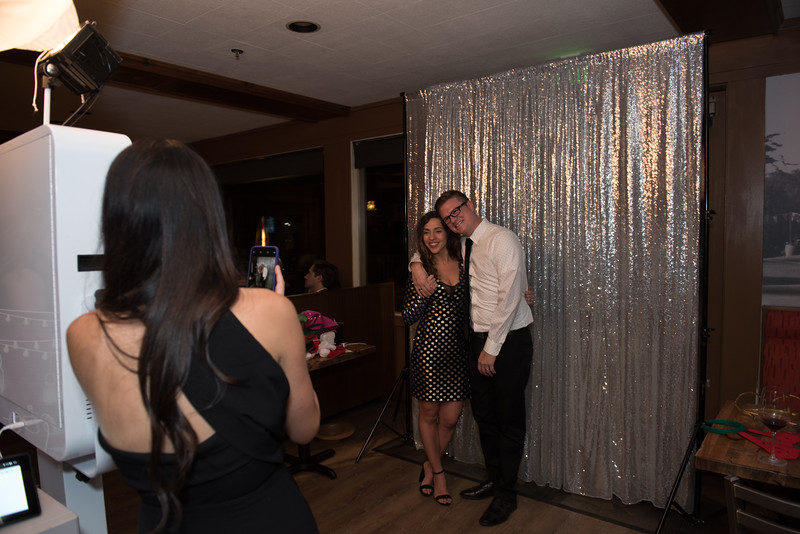 nwg residential holiday party 2017 photography-0041.jpg