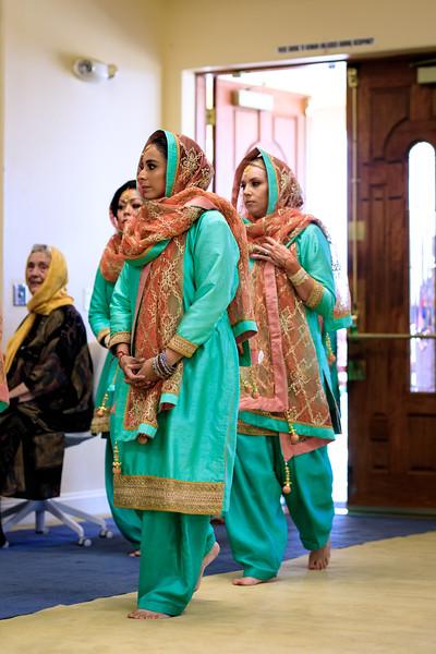 Neelam_and_Matt_Gurdwara_Wedding-1336.jpg