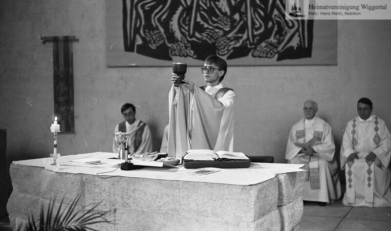 #050628 | Primiz Roland Häfliger; 25. juni 1989; Messfeier in der Pfarrkirche; MHN
