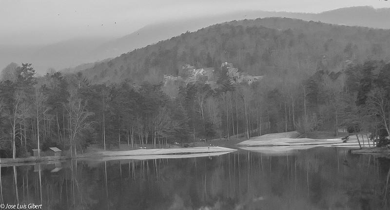 lakescontibw122015 (1 of 1).jpg