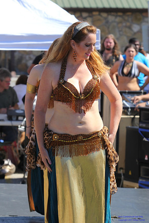 2013 Happy Hollarpalooza - Dendarah / Bellabelly Dance Troupe