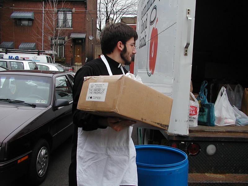 2003-11-15-Homeless-Feeding_013.jpg