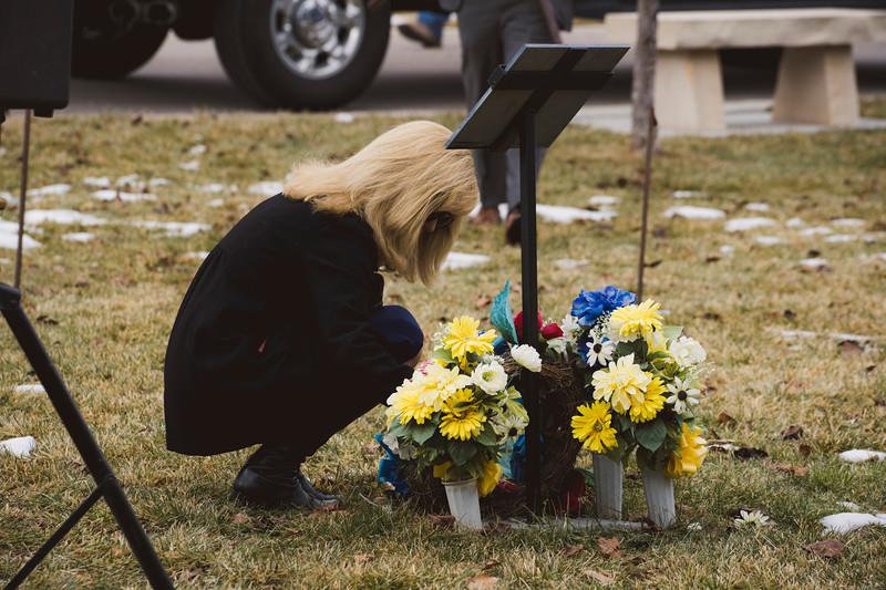 baby dew funeral-200.jpg
