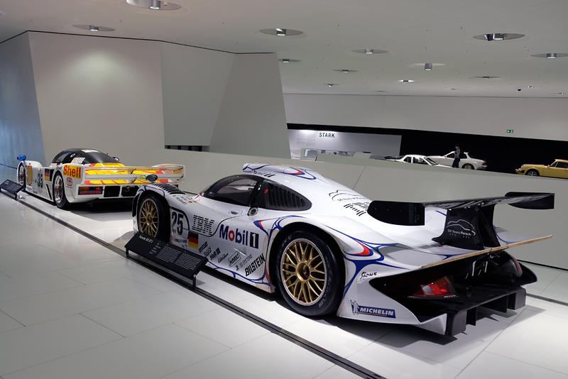 Porsche Museum 14.jpg
