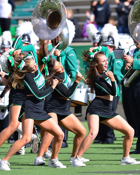 cheerleaders2909.jpg