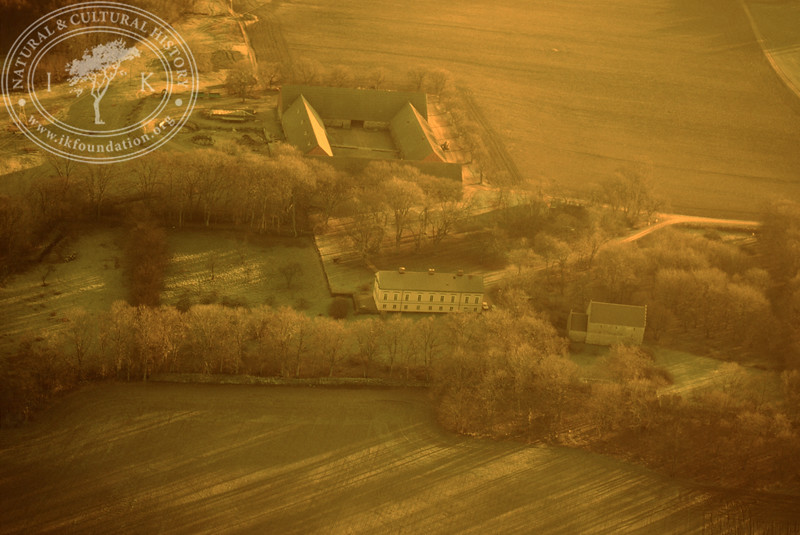 Araslöv manor house and church with farmland. Experimentally photographed with yellow filter (19 November, 1988). | LH.0233