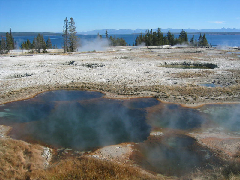 yellowstone pools.jpg