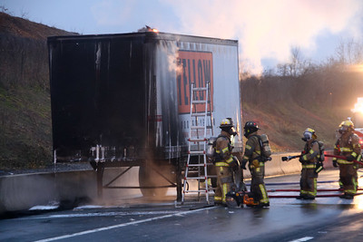 I78 Tractor Trailer Fire 1-26-12