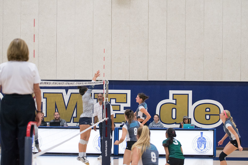 HPU Volleyball-91633.jpg