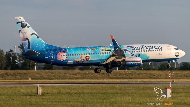SunExpress / Boeing B737-8HC / TC-SNU / Shaun Movie Ufo Alarm Livery