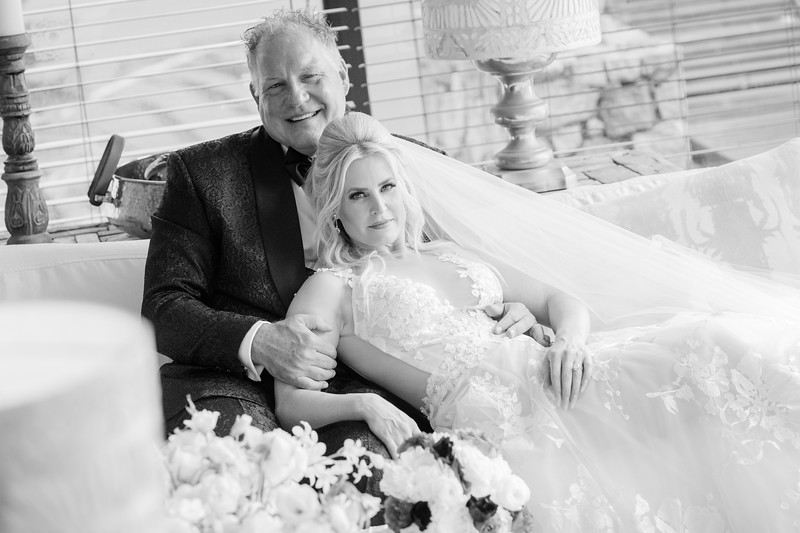 Jessica&Todd-Newlyweds-14.jpg