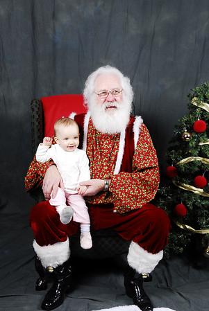 Mia & Santa