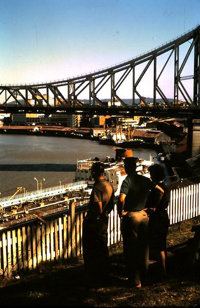 1964-7-12 (20) Alex, Nigel & Gill @ Brisbane.JPG