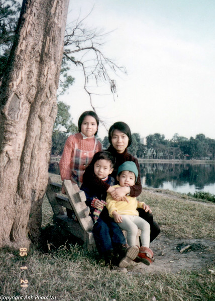 Vietnam 80s 28.jpg