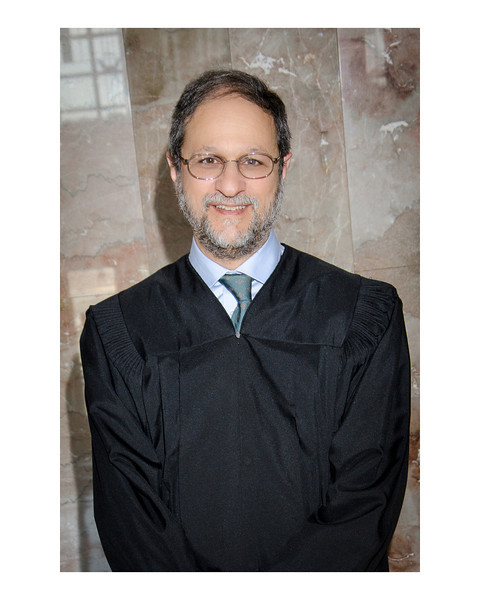 Judge08-01.jpg