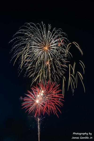 Fireworks-2017-6260.jpg