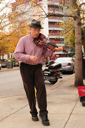 Ian Moore, Dancing Fiddler