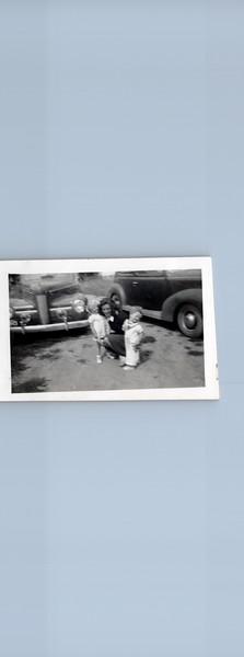 1942 Ruth Ann, Vivian and Ray Allen.jpeg