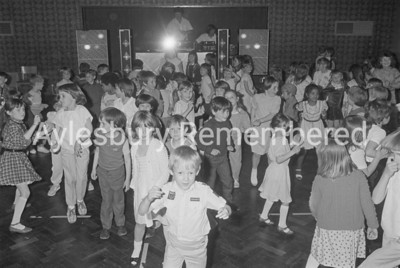 Sponsored Disco at Haydon School for Wildlife Hospital Trust, May 1985
