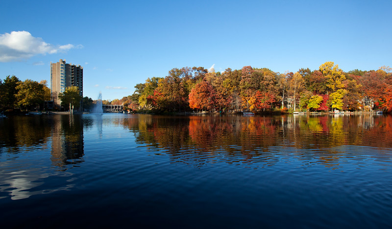 Lake Anne in the fall