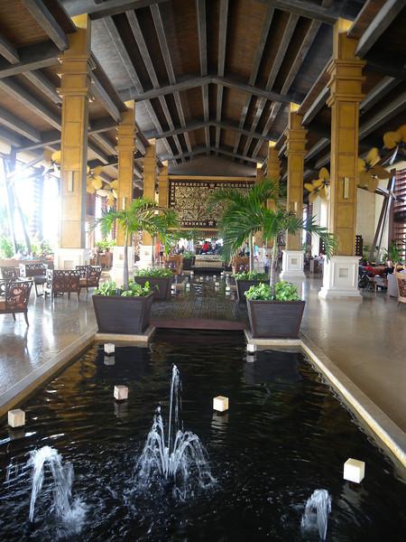 Hotel -5 Main entrance