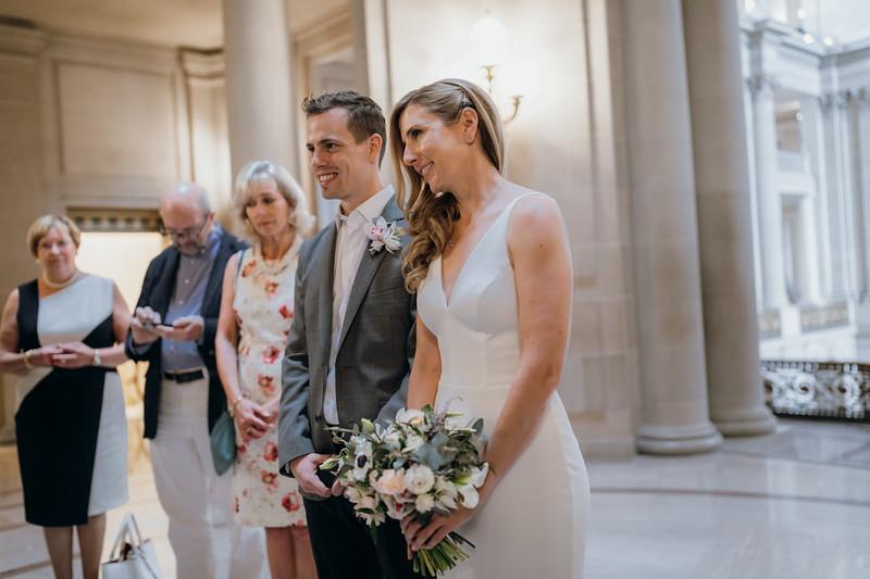 2018-10-04_ROEDER_EdMeredith_SFcityhall_Wedding_CARD1_0193.jpg