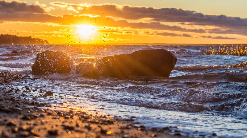 sunset rock splash-6456.jpg