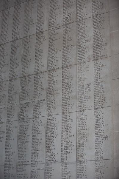 Ypres Menin Gate (141 of 200).jpg