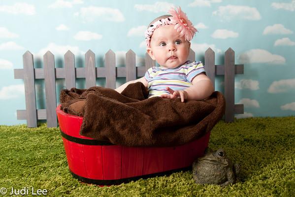 2012 06 22 Samantha 5 months