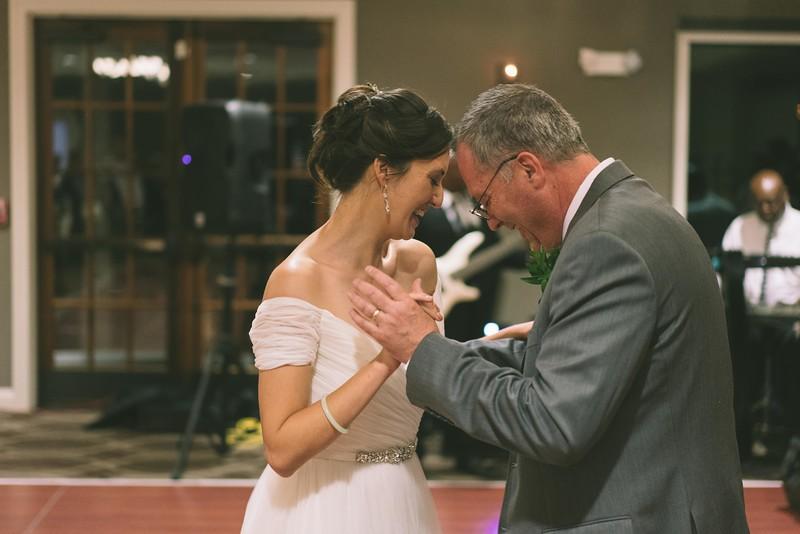 MP_18.06.09_Amanda + Morrison Wedding Photos-02855.jpg