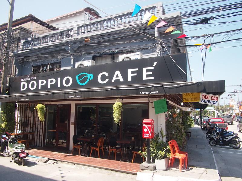 P3083002-doppio-cafe.JPG