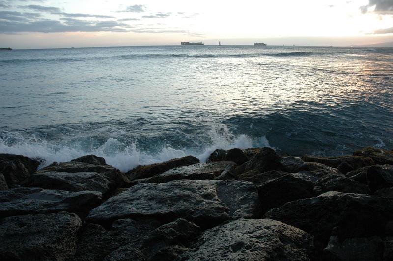 Hawaii - Ala Moana Beach Sunset-97.JPG