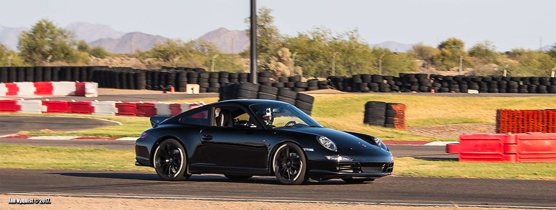 Porsche-911-Black-4927b.jpg