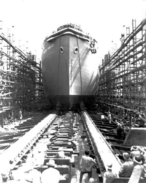 WWII-JAX-ST JOHNS RIVR SHIPBUILDING LAUNCHING USS.jpg