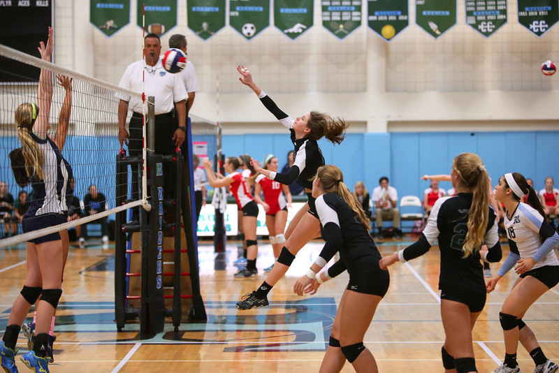 Ransom Everglades Volleyball Smoothie King 2013 30.jpg