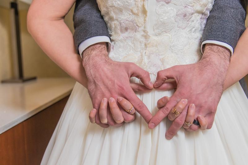 doubletree wedding photography album-84.jpg