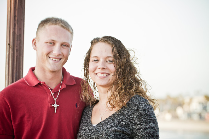 Victoria and Brandon Engagement Pictures-4.jpg
