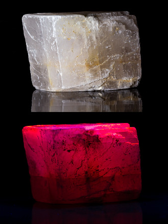 Fluorescence of rocks and minerals