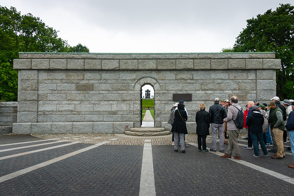 2019 05 26 German Cemetery