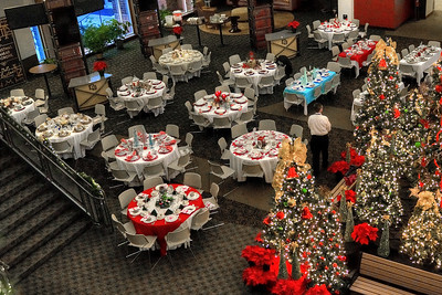 2016-12-02 Women's Christmas Dinner