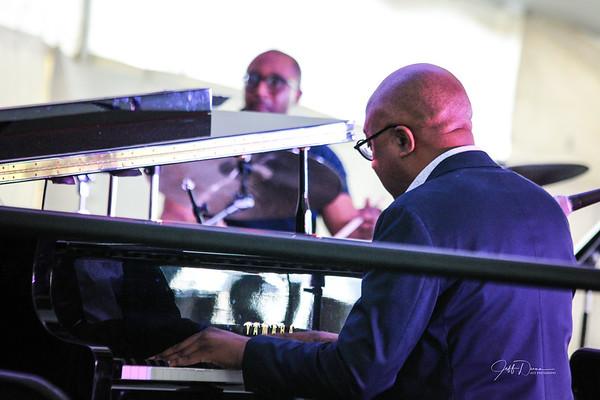 Xavier Davis Quartet w/ Regina Carter - Summer Solstice Jazz Fest 2019