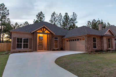 House-Woodland Creek