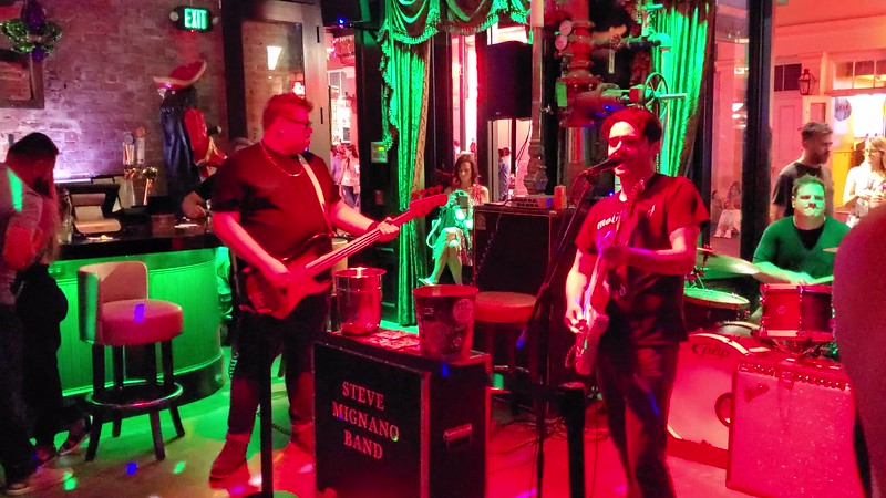 20190613 New Orleans Phone Live Music Videos 002.MP4
