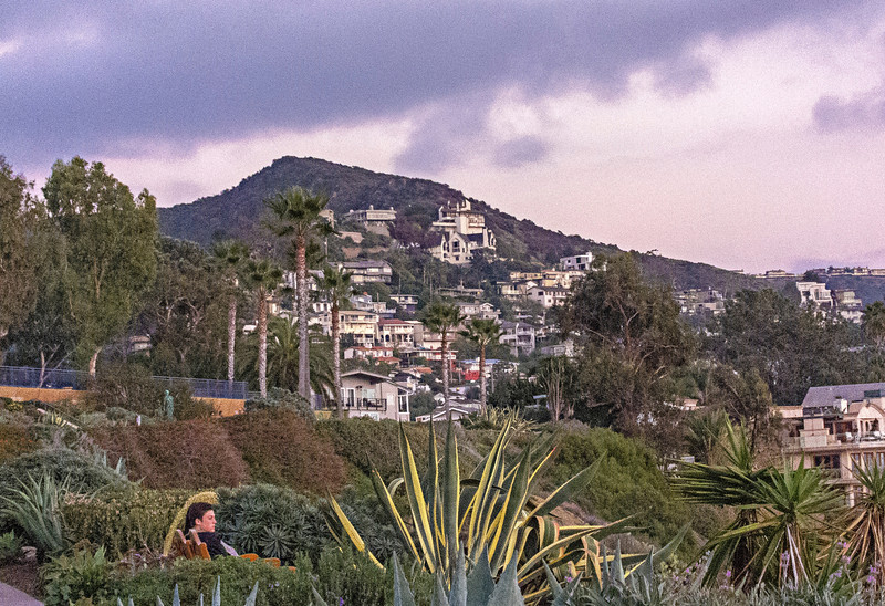 looking east laguna.jpg