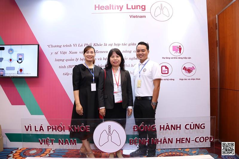 """AstraZeneca x ACOCU   Ngày hội """"Mạng lưới quản lý Hen và COPD trong cộng đồng - ACOCU""""   Chụp hình lấy liền in ảnh lấy ngay tại TP Hồ Chí Minh   WefieBox Photobooth Vietnam"""